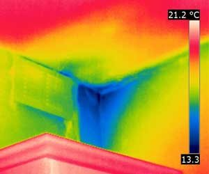 Thermal image of a cold wall leading to condensation