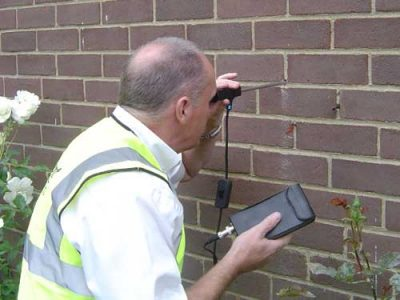 Checking cavity wall with Boroscope